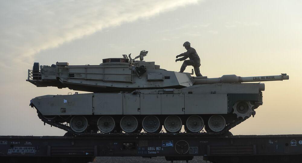 Carro armato della NATO (foto d'archivio)