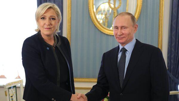 Incontro tra Putin e Le Pen a Mosca - Sputnik Italia