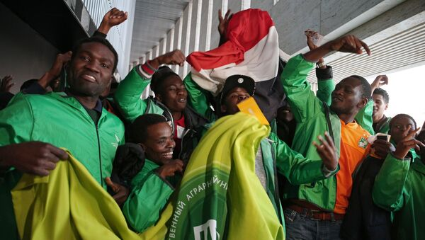 Fans at the friendly match between Russia and Cote d'Ivoire - Sputnik Italia