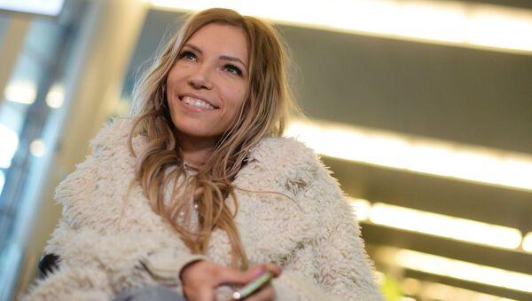 Singer Yulia Samoilova, Russia's representative at Eurovision 2017, at Sheremetyevo International Airport - Sputnik Italia