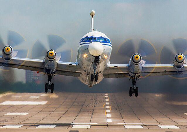 Aereo Il-22