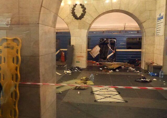Metropolitana di San Pietroburgo dopo le esplosioni