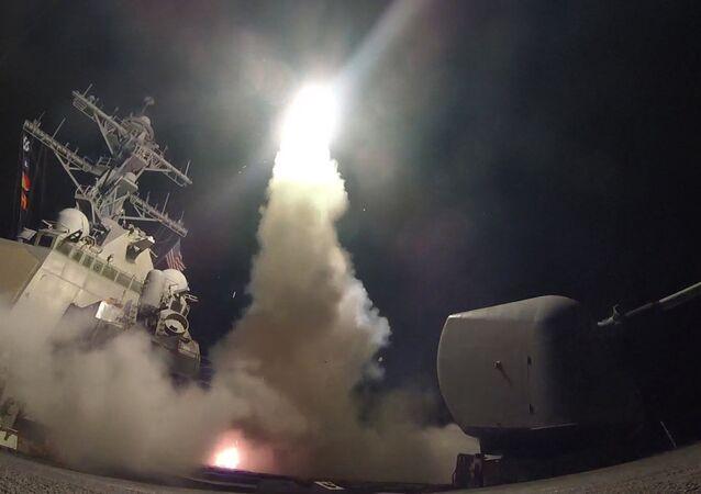 Bombardamento americano con missili Tomahawk in Siria