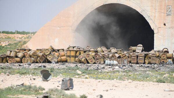 Dopo l'attacco degli USA contro una base aerea siriana - Sputnik Italia