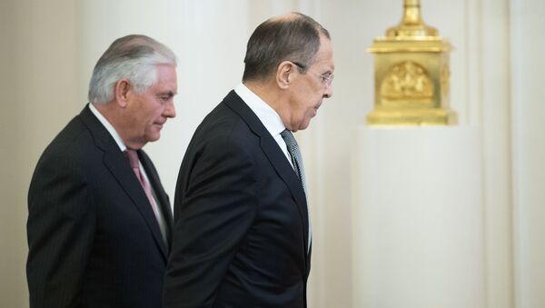 Colloqui tra Rex Tillerson e Sergey Lavrov - Sputnik Italia