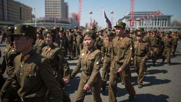 I soldati dell'Esercito Popolare di Corea a Pyongyang, Corea del Nord. - Sputnik Italia