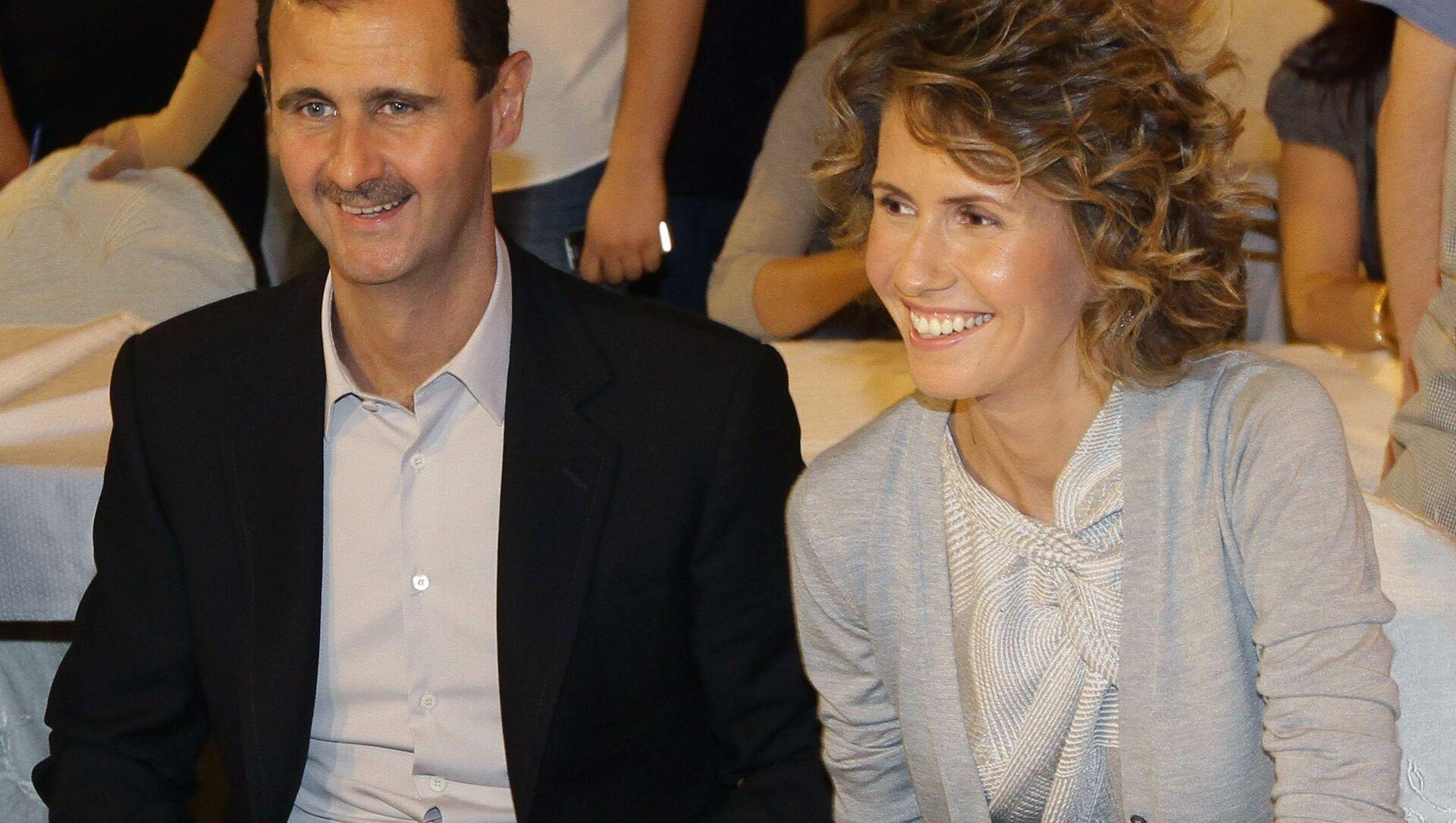 Bashar Assad e sua moglie Asma - Sputnik Italia, 1920, 08.03.2021