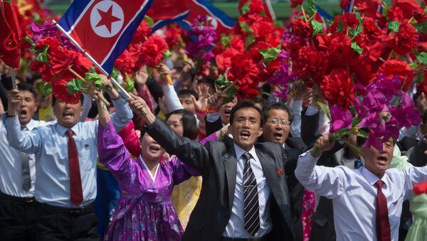 Partecipanti alla parata militare a Pyongyang, Corea del Nord. - Sputnik Italia