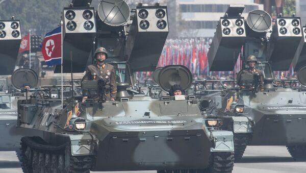 Un complesso missilistico antiaereo dell'Esercito Popolare della Corea del Nord alla parata a Pyongyang, Corea del Nord. - Sputnik Italia