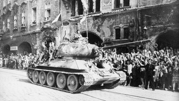 Liberazione di Praga, il carro armato T-34 - Sputnik Italia