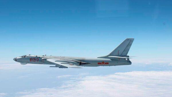 Bombardiere Xian H-6 dell'aviazione cinese - Sputnik Italia