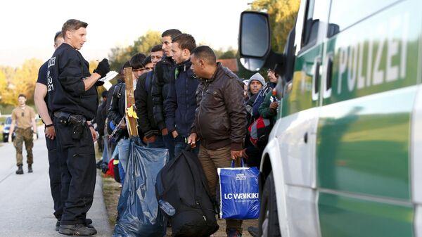 Беженцы в Германии - Sputnik Italia