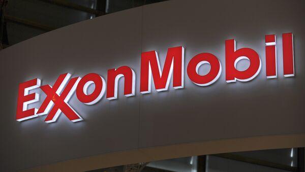 Logo of US oil and gas giant ExxonMobil - Sputnik Italia