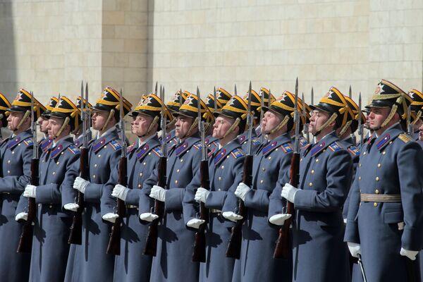 La cerimonia del cambio della guardia al Cremlino - Sputnik Italia