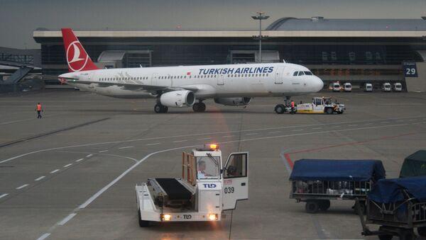 Aereo Turkish Airlines all'aeroporto Vnukovo di Mosca - Sputnik Italia