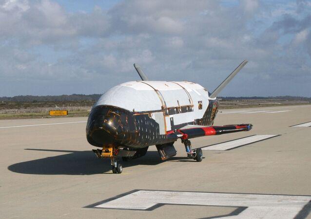 Velivolo orbitale americano X-37B