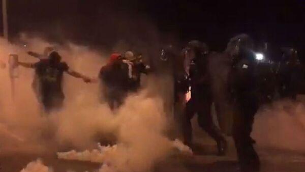 Proteste in Francia - Sputnik Italia