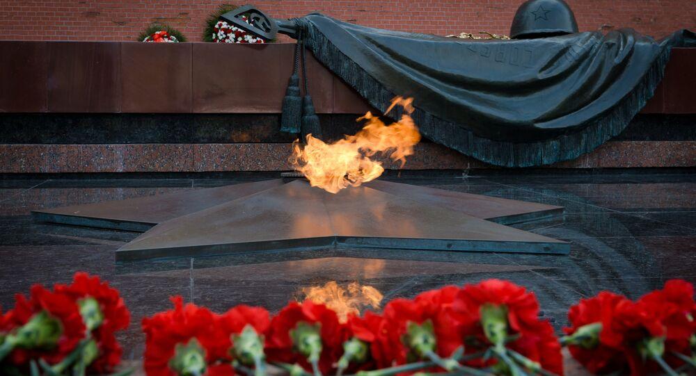 Tomba del Milite Ignoto presso le mura del Cremlino