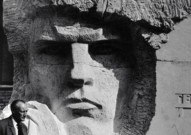 Monumento a Fedor Poletaev