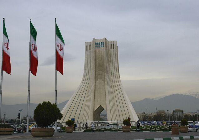 La Torre Azadi a Teheran