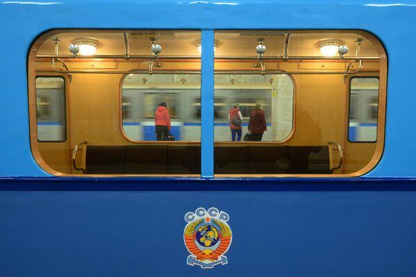 La metro di Mosca compie 82 anni - Sputnik Italia