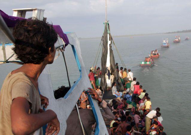 Navi della speranza su cui i migranti approdano in Italia.