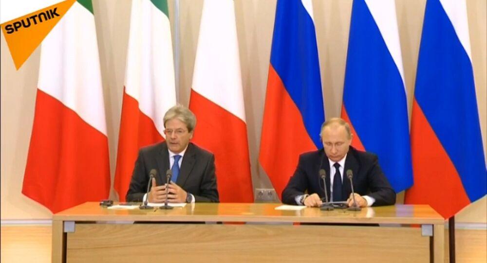 La conferenza stampa di Paolo Gentiloni e Vladimir Putin a Sochi.