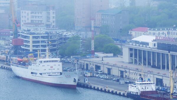 Prima nave da Corea del Nord arriva a Vladivostok - Sputnik Italia