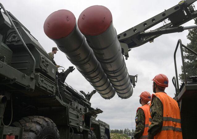 Il sistema missilistico S-400