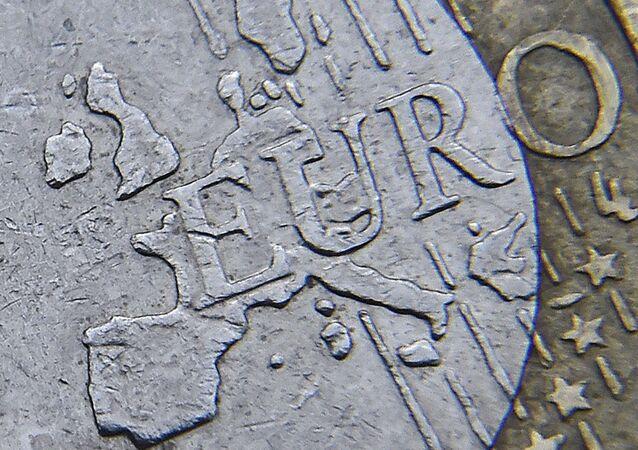 Mappa dell'Europa su una moneta di euro