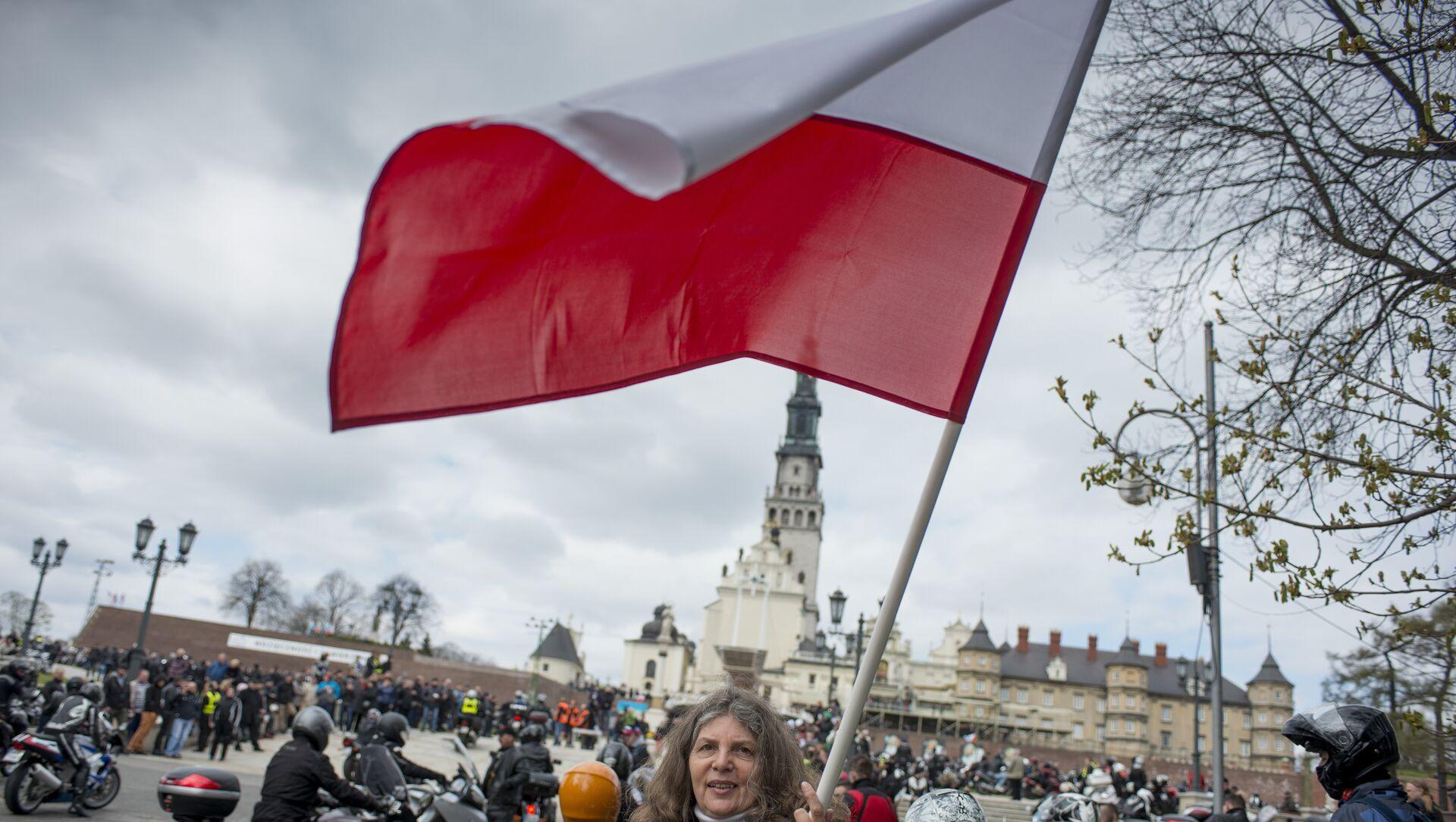 La bandiera della Polonia - Sputnik Italia, 1920, 20.03.2021