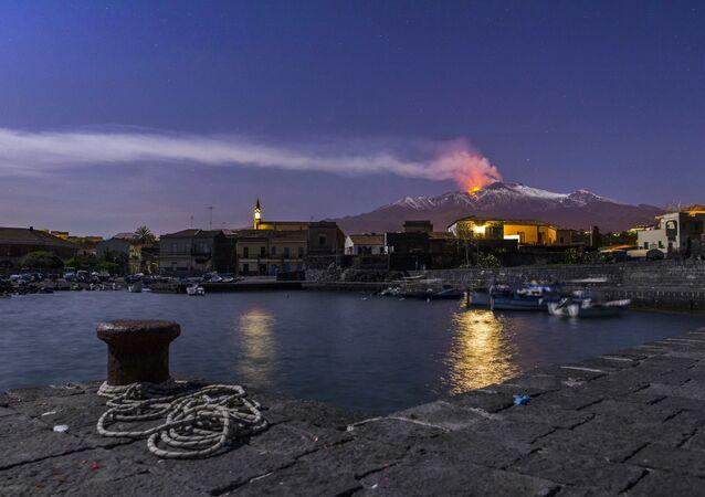 Eruzione dell'Etna, Sicilia