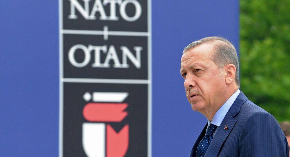 Recep Tayyip Erdogan al vertice NATO di Varsavia (foto d'archivio)