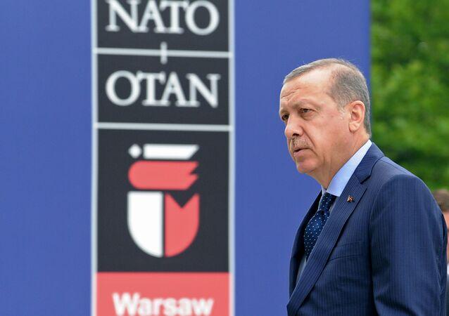 Recep Tayyip Erdogan al vertice NATO di Varsavia