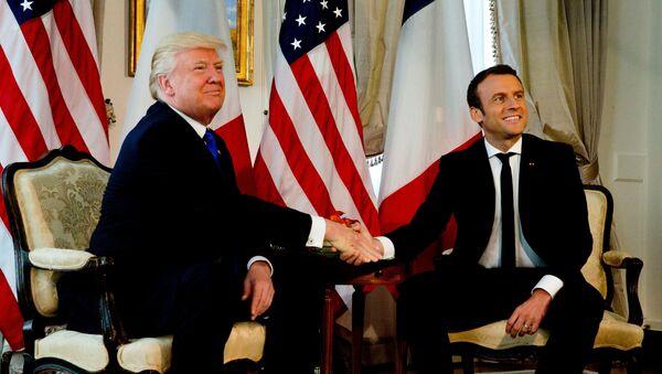Trump e Macron - Sputnik Italia