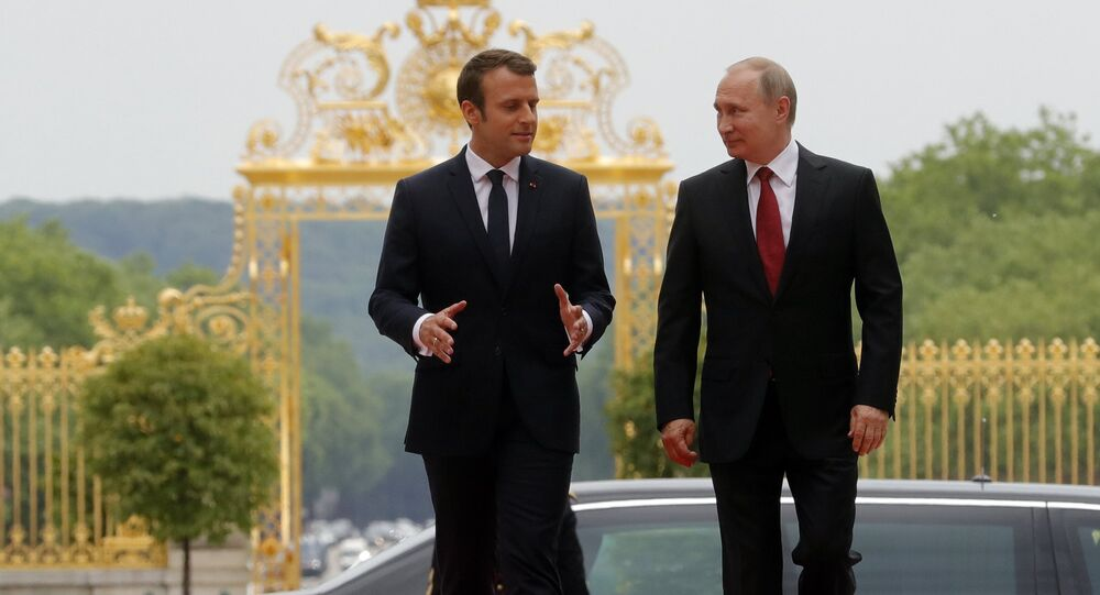 Incontro tra Vladimir Putin e Emmanuel Macron a Parigi