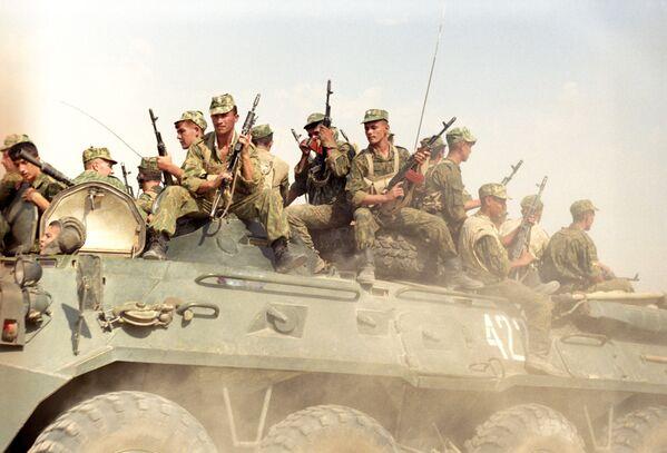 La guardia di frontiera del reparto Panj presso la frontiera tra l'Afghanistan e il Tagikistan. - Sputnik Italia