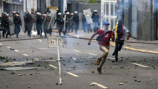 Proteste contro il governo del presidente del Venezuela Nicolas Maduro, Caracas - Sputnik Italia