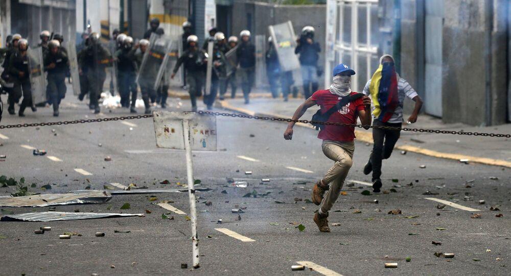 Proteste contro il governo del presidente del Venezuela Nicolas Maduro a Caracas