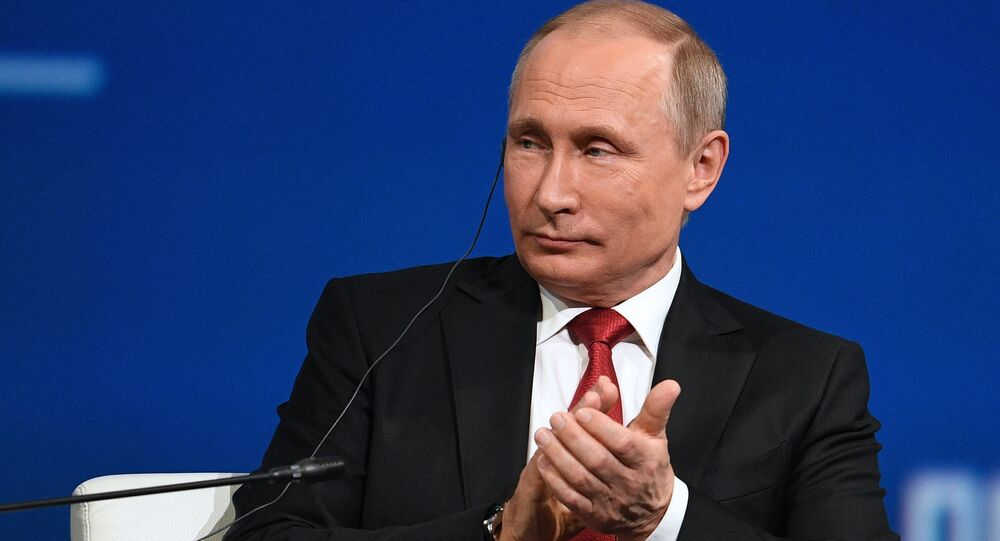 Vladimir Putin al Forum Internazionale di San Pietroburgo (SPIEF-2017)