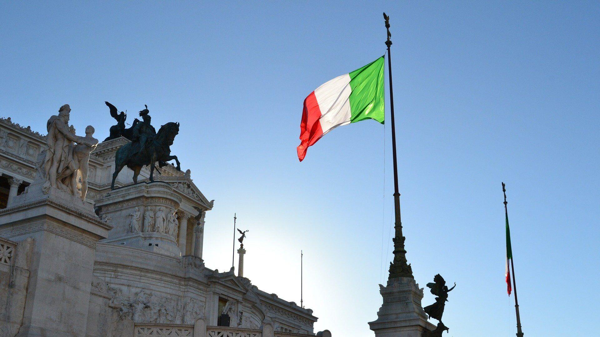 La bandiera dell'Italia - Sputnik Italia, 1920, 17.08.2021