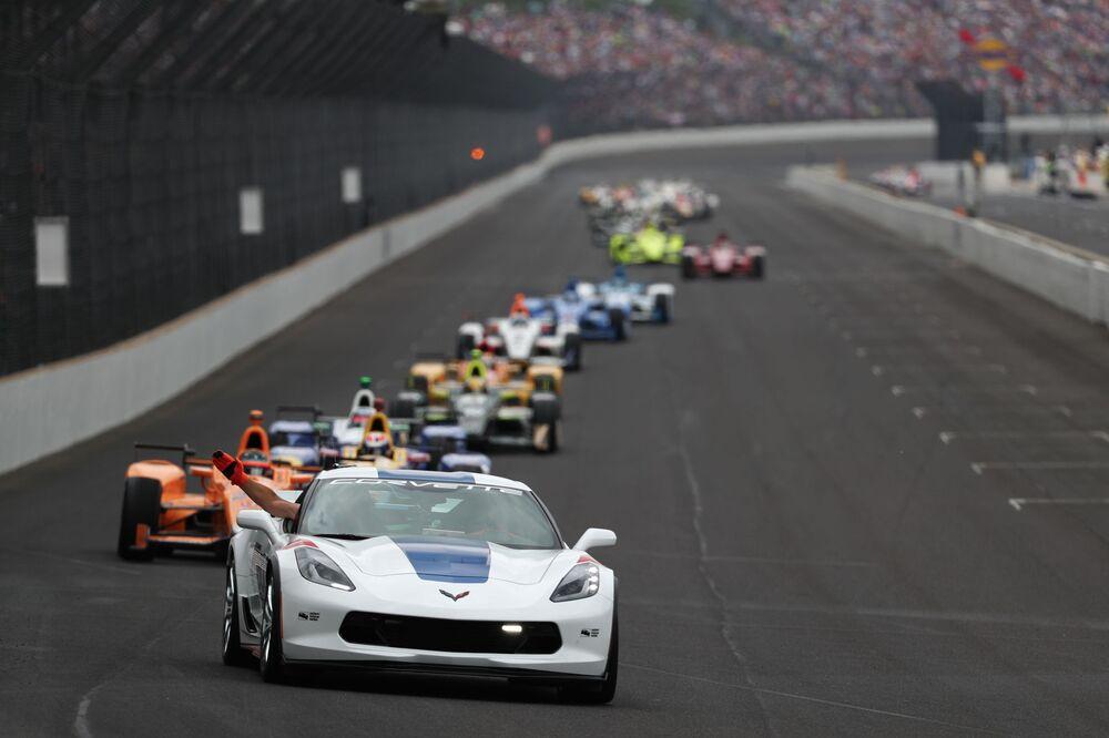 Una corsa di 500 miglia a Indianapolis, USA.
