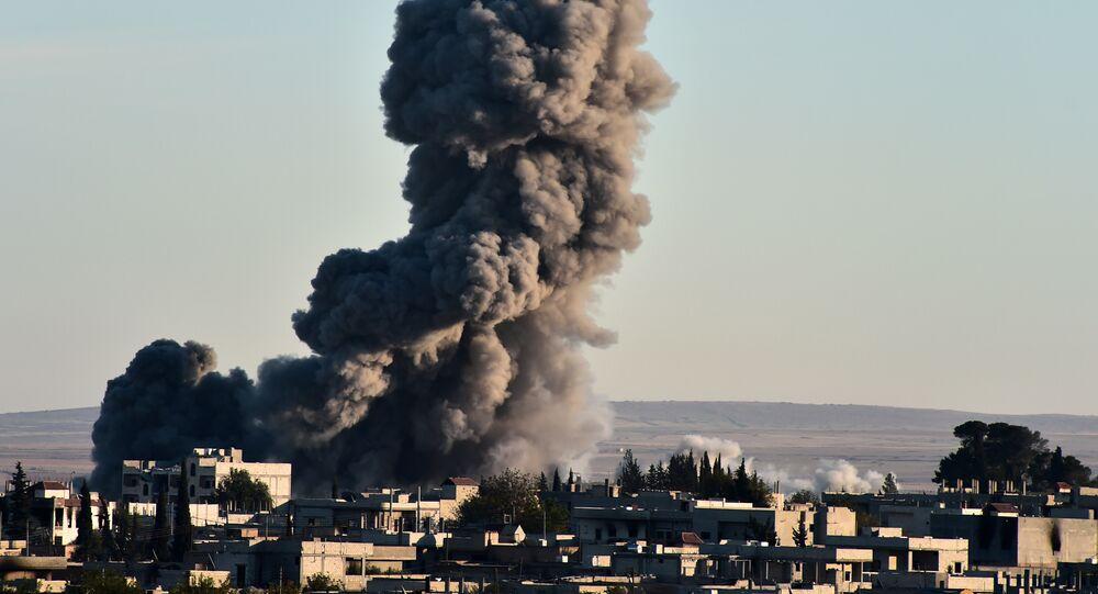 Raid della coalizione americana in Siria (foto d'archivio)