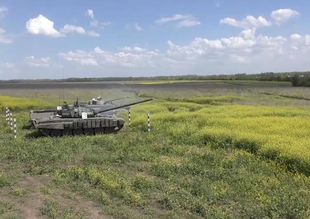Esercitazioni dei T-72