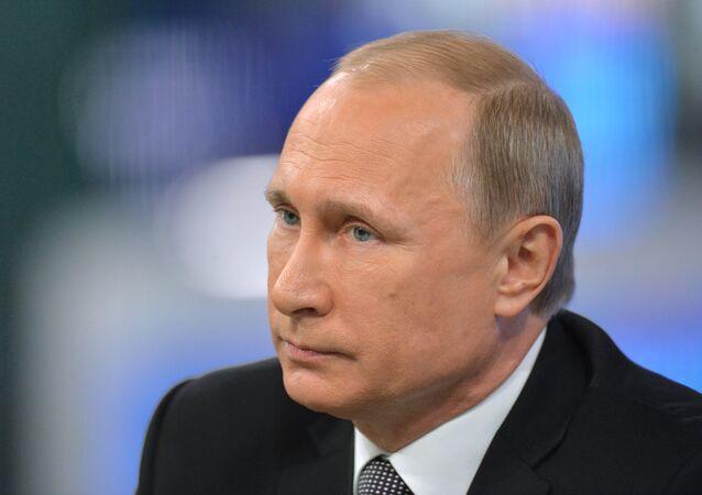 Linea diretta con il presidente Vladimir Putin