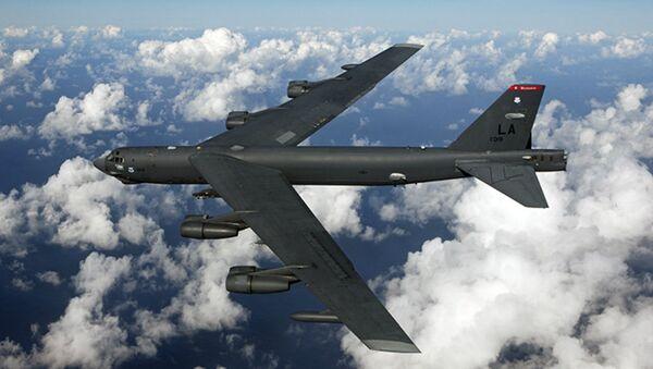 Bombardiere strategico americano B-52 nella base di Fairford - Sputnik Italia