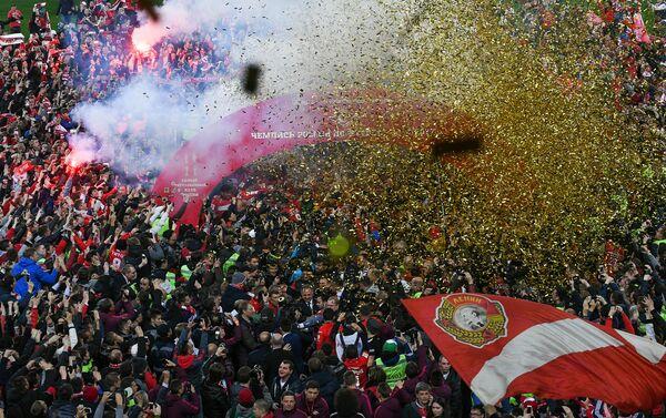 La premiazione dello Spartak Mosca sul terreno dell' Arena Otkrytie - Sputnik Italia