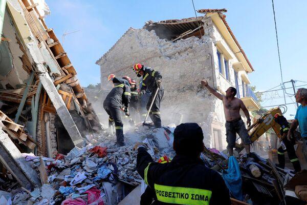 Le conseguenze del terremoto nell'isola greca di Lesbo. - Sputnik Italia