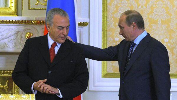 Vladimir Putin e Michel Temer - Sputnik Italia