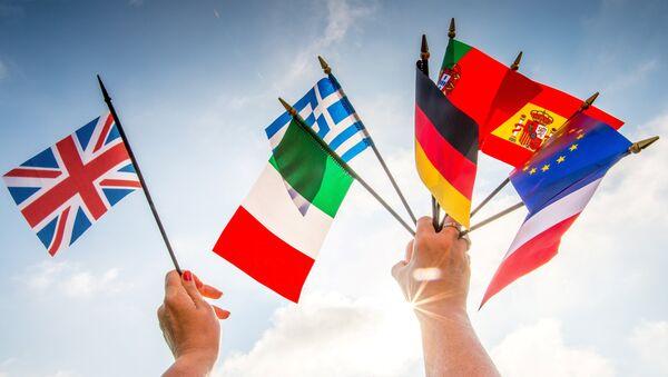 Le bandiere dei paesi europei e della Gran Bretagna. - Sputnik Italia